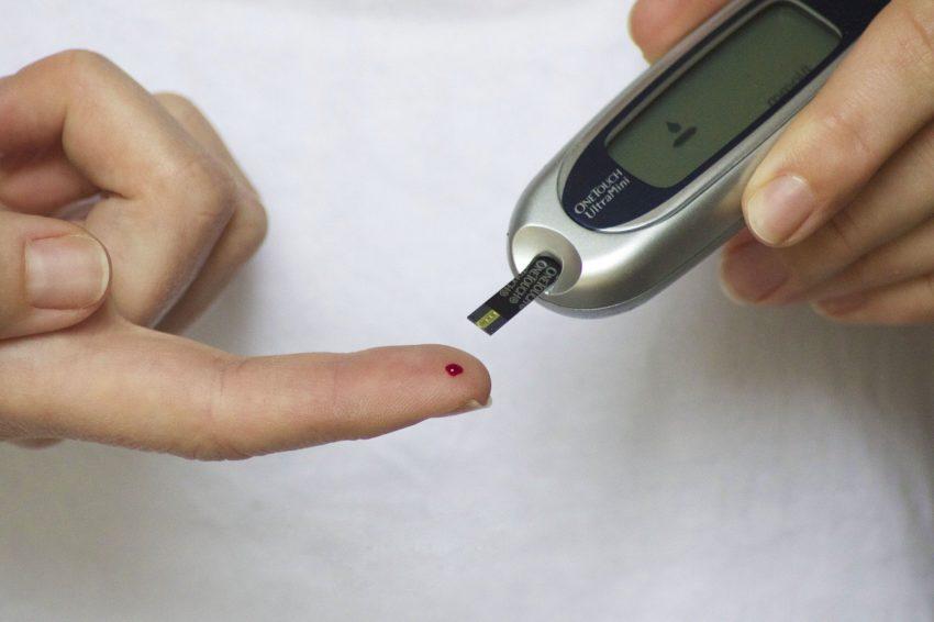 CBD Against Diabetes Image of Blood Sugar Instrument