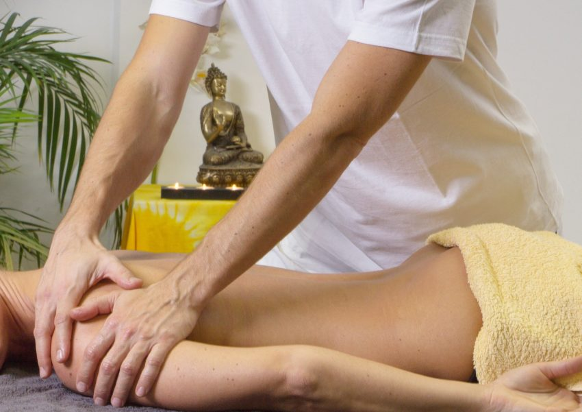 CBD Against Fibromyalgia Image of Massage